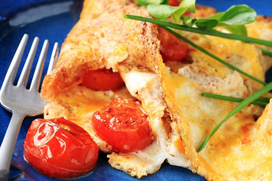 Eieromelette mit Tomaten