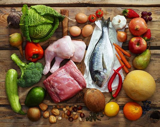 Auswahl an Paleo Lebensmitteln